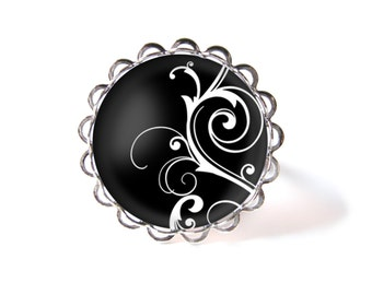 Arabesques ring