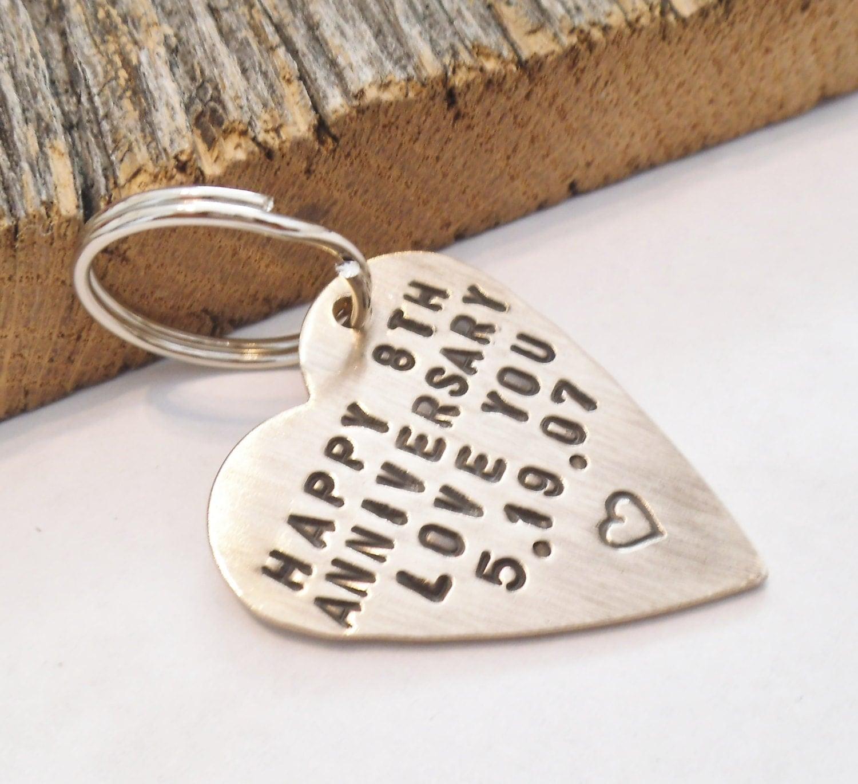 8 Yr Wedding Gift : Ideas 8 Year Wedding Anniversary Gifts For Him anniversary keychain ...
