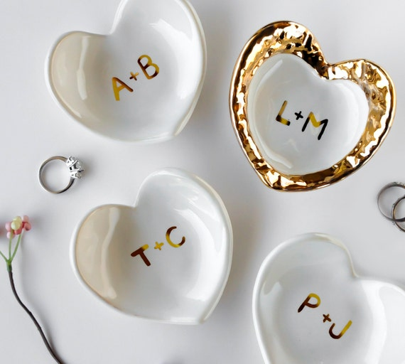 White and Gold Monogrammed Jewelry Dish, Heart Dish - Valentine's Day, Ring Holder, Anniversary, Engagement Bridesmaid Gift, Wedding Favor