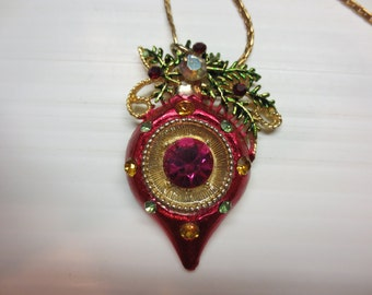 "A Beautiful Unique One of A Kind Christmas Ball Necklace 14KGF 23"" Chain"