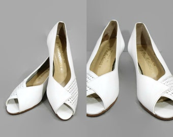 1970s White Peeptoe Shoes / 70s Wooden Heel Shoes Never Worn