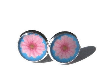 BABY PINK FLOWER earrings - stud earrings - Floral stud earrings - cabochon earrings - 12mm earrings - Vintage Earrings - girlfriend gift
