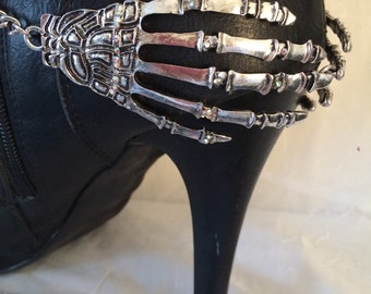 Gorgeous Boot Bling Bracelets With Silver Skull Hands