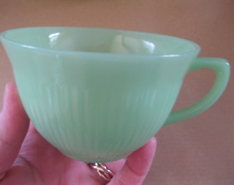 Perfect Vintage 1960s  Fire King Jadite Jane Ray Jadeite Green Milk Glass cup
