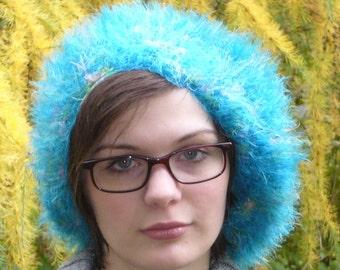 Blue cap with Velcro edge