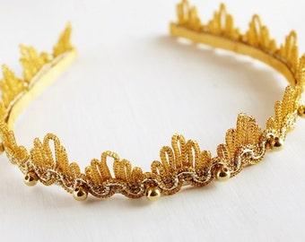 Gold Lace Headband, Vintage Bridal Tiara, Lace Wedding Crown, Gold Tiara Headband, Lace Bridal Tiara, Gold Bridal Headband, Gold Tiara Crown