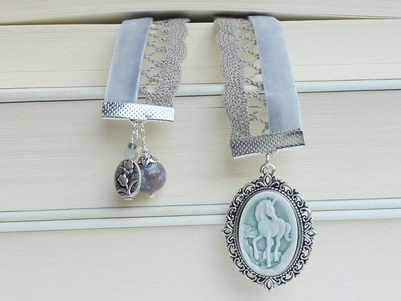 bookmark velvet unicorn cameo vintage