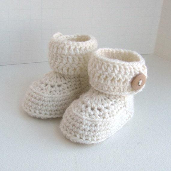 Baby Booties Crochet Pattern Dk Wool : Crochet Pattern Wrap Button Cuff Cuffs by RepeatAfterMePattern