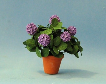 1 inch scale miniatures-Hydrangea Plant