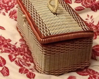 1960s Red and White Basket Weave Sewing Basket