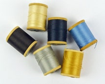 Vintage Wooden Thread Spools / J & P COATS Mercerized Cotton Threads / Tiny Wood Thread Spools / Set of 6 Colorful Sewing Thread (12)