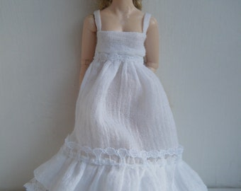 1:12 scale women's white long dress by Jing's Creations