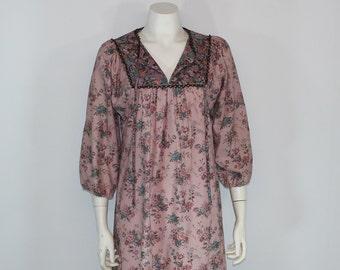 Vintage 1970's JEAN LESLIE Floral Print Poet Sleeve Hippie Boho Prairie Shift Tent Dress Small Medium S M