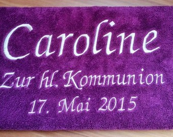 Embroidered towel to communion