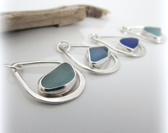 Sea glass necklace. Sterling silver necklace. Maine jewelry. Sea Glass Pendant. Sea glass jewelry. Bezel sea glass. Beach glass jewelry.