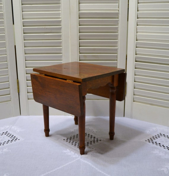 Reserved American Heirloom Collection Wooden Drop Leaf Table