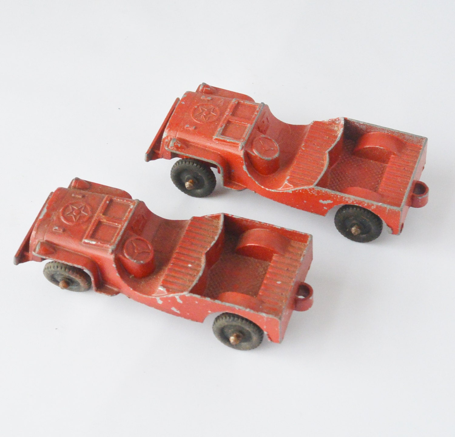 Two JEEP Diecast Cars Tootsietoy Red