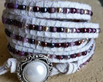 White Suede Wrap Bracelet, Leather 5 Wrap Bracelet,  Leather Wrap Bracelet, Leather Beaded Bracelet, Leather Bracelet, Suede Bracelet