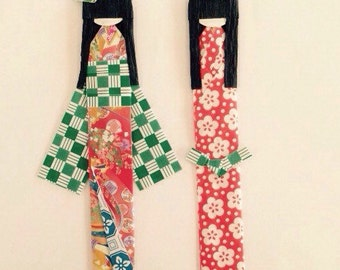 Pair of Japanese Origami Paper Doll Bookmarks, origami dolls, traditional Japanese kimonos, Boy and girl origami dolls, Paper bookmarks.