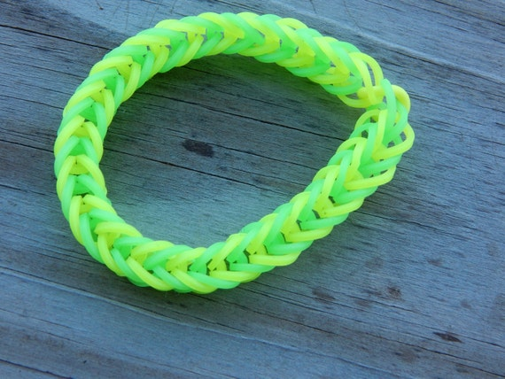 Yellow and Green Fishtail Pattern - Rubber Band Bracelet