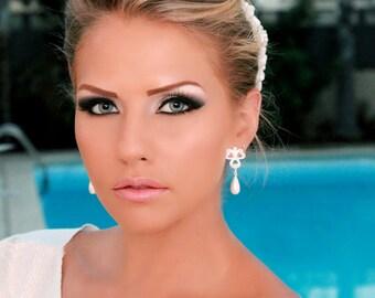 Silver plated and pearl wedding earrings, bridal dangle earring, delicate earrings