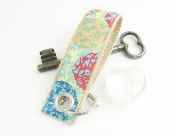 Women Keychain soap bubbles