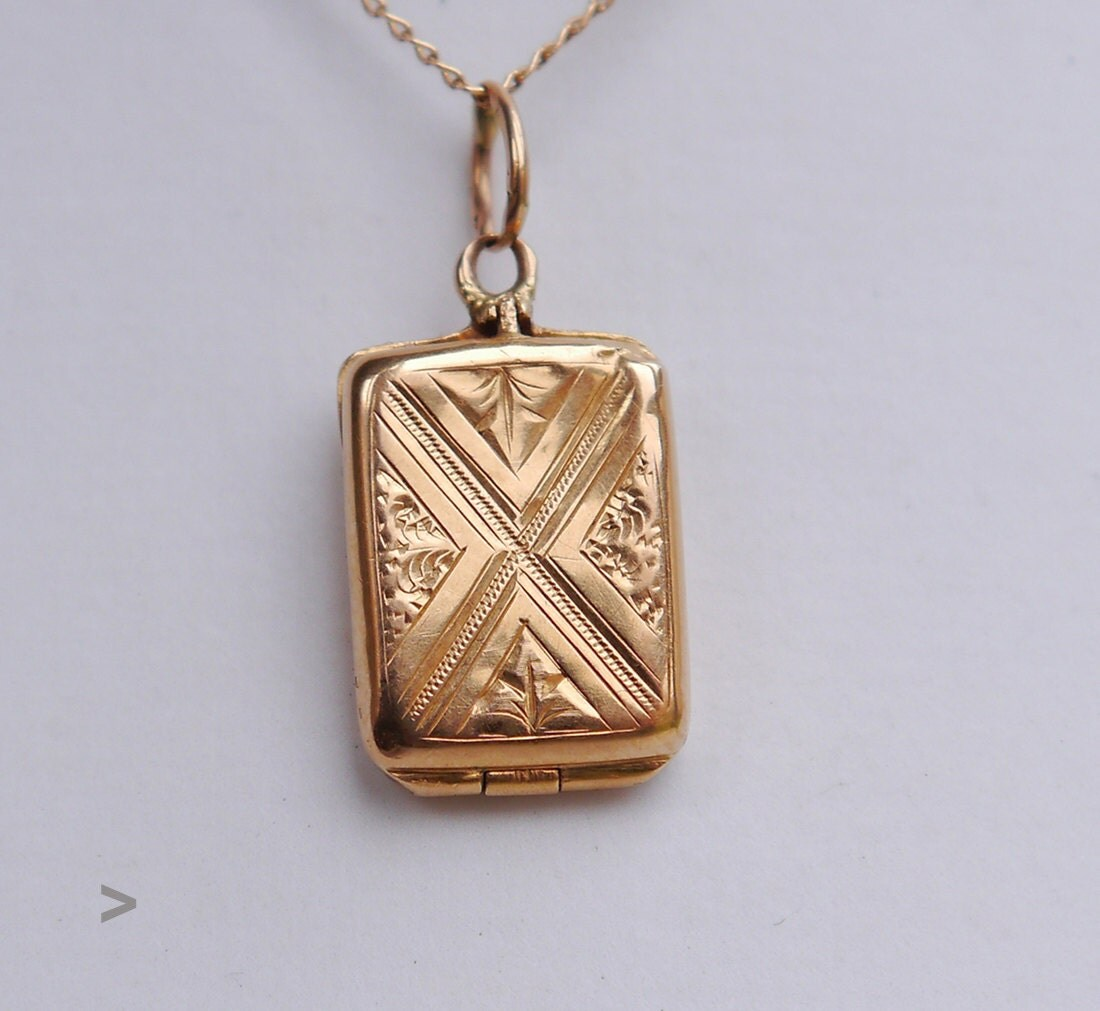 Antique European Square Pendant Locket 18k Yellow Gold. Bracelet Bands. Rose Gold Mens Wedding Band With Diamonds. Golden Earrings. Apple Necklace. Schoolhouse Pendant. Toggle Necklace. Second Hand Wedding Rings. Vintage Jewelry