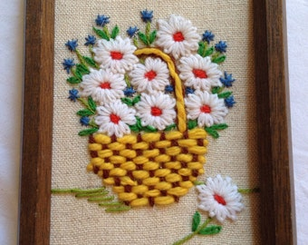 Vintage Daisies Embroidery