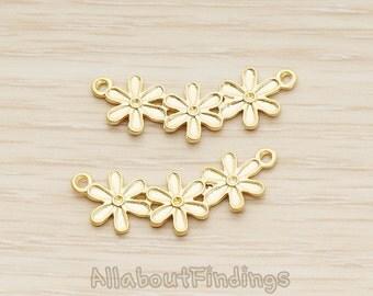 PDT1262-MG // Matte Gold Plated Triple Daisy Flower Pendant, 2 Pc