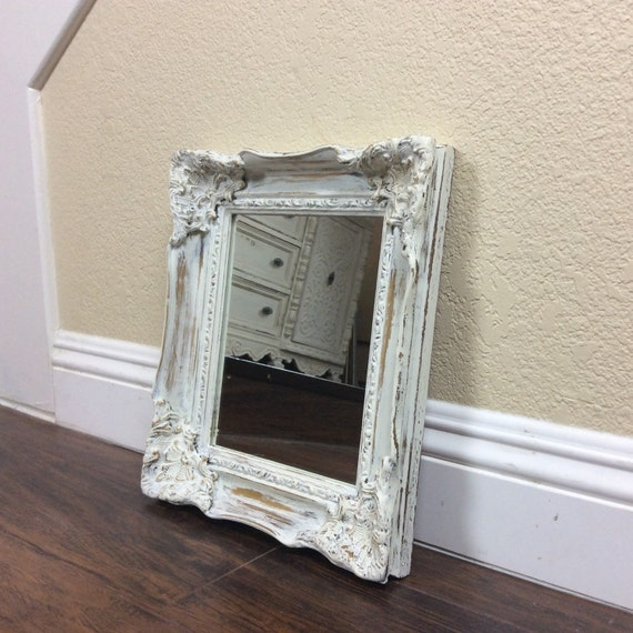 Miroir vendre miroir blanc miroir au mur fleuri accueil for Miroir magique au mur