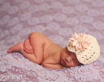 Crochet Baby Girl Ashlyn Beanie With Detachable Flower/Photgraphy Prop/ Flower Beanie