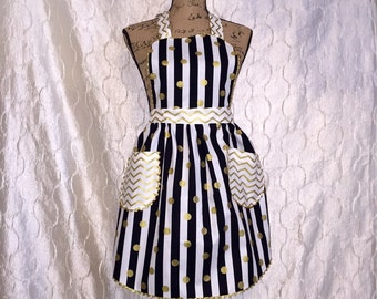 Black and Gold Womans Apron