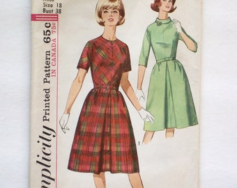 Vintage Simplicity sewing pattern 5564 size 18 uncut dress pattern 1964 1960s kimono sleeves inverted pleat skirt