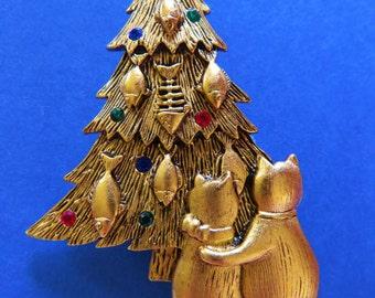 JJ Jonette Cat Christmas Tree Brooch Pin