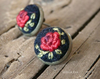 Rose Garden Stud Earrings - Black and Red - felted earrings, stud earrings, embroided earrings, traditional techniques, handmade jewelry