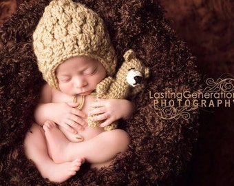 Handmade Stuffed Bear and Bonnet Set // Custom Newborn Photo Prop // Perfect Shower Gift // Baby Girl or Boy // Crochet Infant Hat