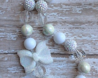 Baptism chunky bead necklace.. White necklace.. White chunky necklace.. Baptism jewelry