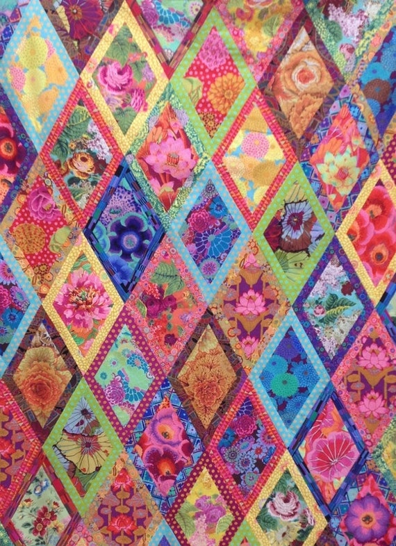 BORDERED DIAMONDS Quilt XL Fabric Pack 17.5 yards   -  all Kaffe Fassett  Collective Fabrics
