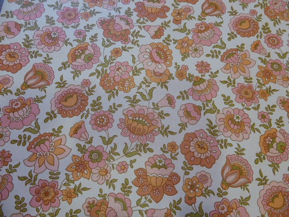 Vintage 1970s wall mural wallpaper pink flowers from for Telephone mural 1970