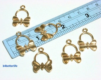 """Lot of 24pcs """"Butterfly"""" Gold Color Plated Metal Charms. #XX463."""