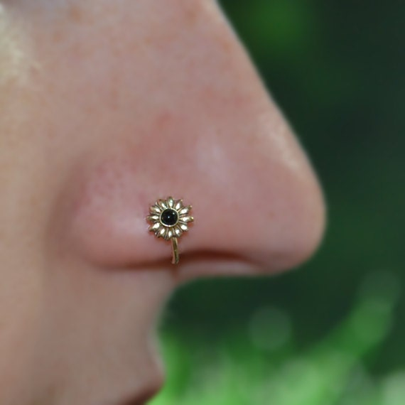Onyx Nose Ring - Gold 6mm Flower Nose Hoop - Tragus Earring - Cartilage Hoop - Forward Helix Earring - Septum Ring - Nose Piercing 18 gauge