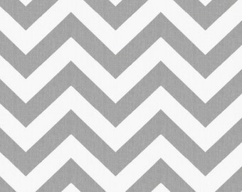 White and Gray Zig Zag Organic Fabric - By The Yard - Chevron / Zig Zag / Gender Neutral