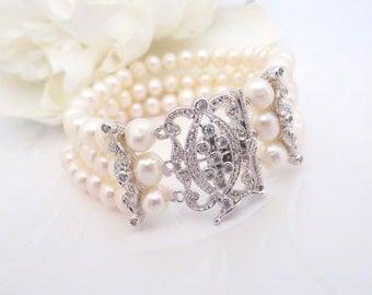 Bridal bracelet, Freshwater pearl cuff bracelet, Wedding bracelet, Rhinestone bracelet, Crystal bracelet