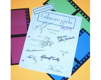 "Gilmore Girls ""Bon Voyage"" Final Episode TV Script Screenplay Autographed: Lauren Graham, Alexis Bledel, Sally Struthers, Scott Patterson"