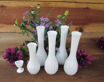 Beautiful Vintage White Milkglass Bud Vase Set