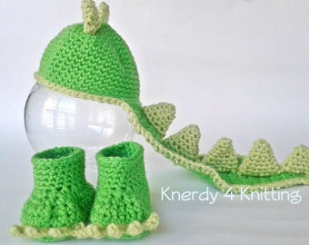 crochet dinosaur hat with tail and booties, newborn dinosaur photo prop, crochet dinosaur costume, baby dinosaur hat booties, dinosaur tail
