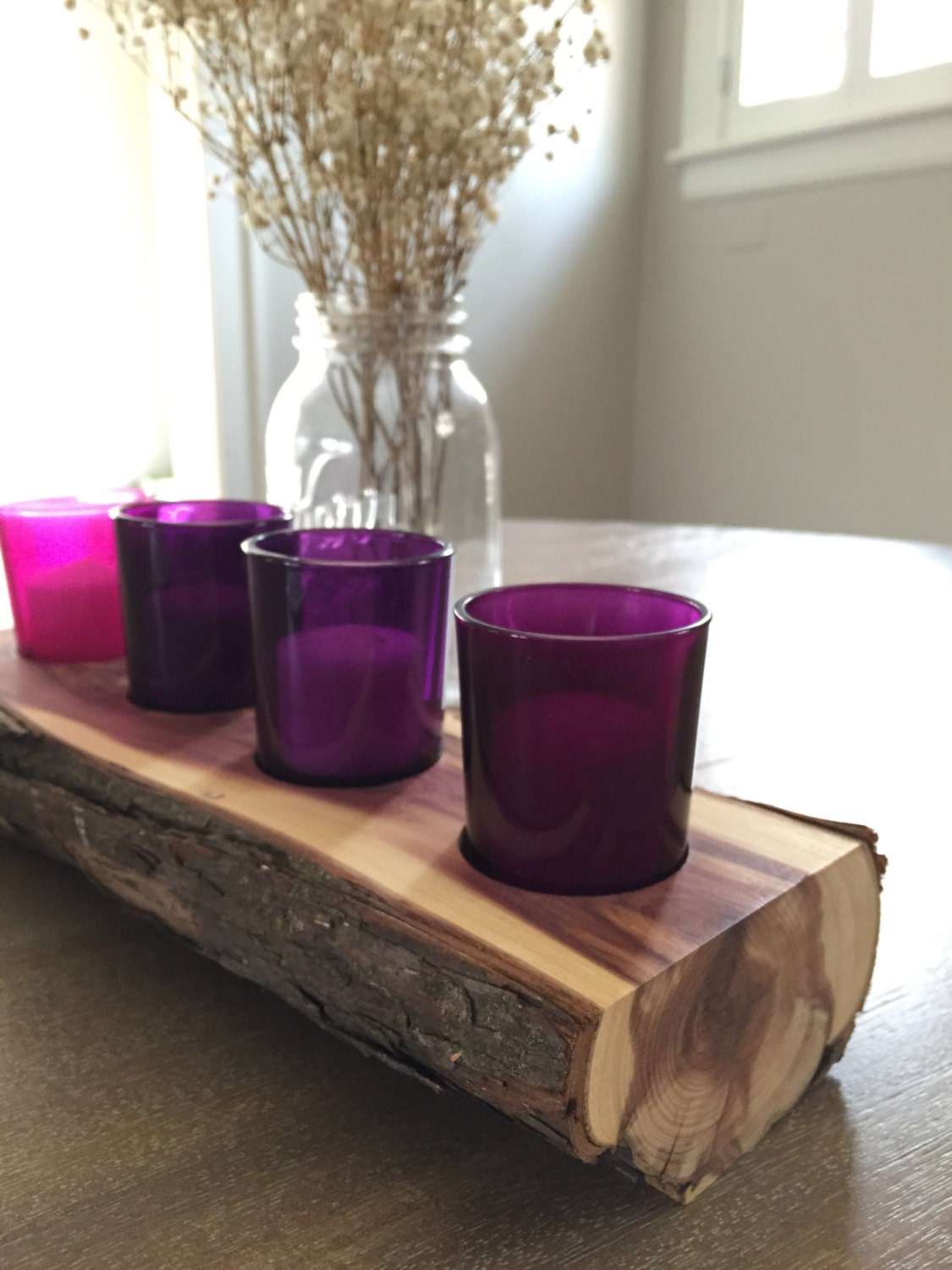 4 hole cedar log advent wreath and candle holder with colored. Black Bedroom Furniture Sets. Home Design Ideas