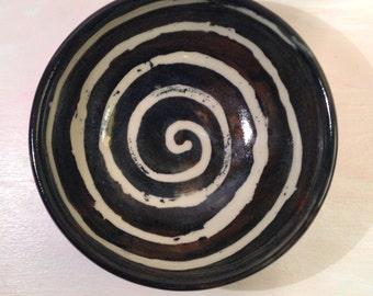 Small spiral bowl