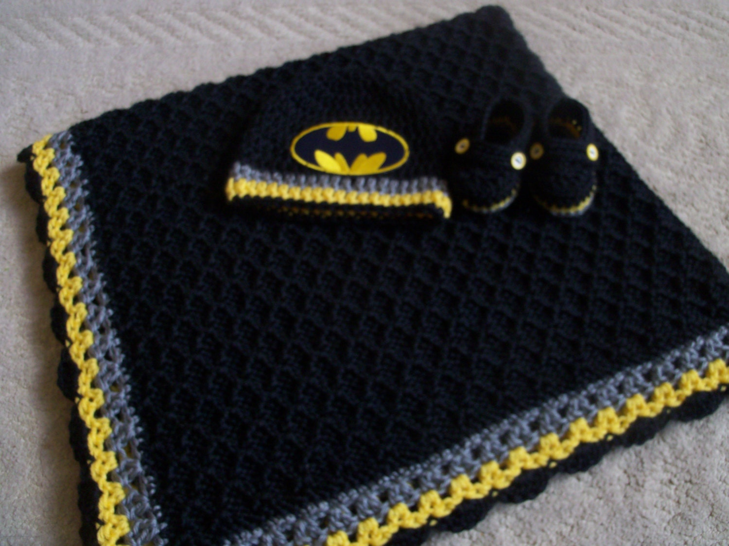 Knitting Pattern For Batman Blanket : Knit/Crochet Batman Personalized Baby Blanket Hat and Booties