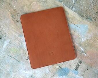 Leather iPad sleeve case. iPad case. Handmade leather iPad Air sleeve.